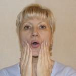 Упражнение для сохранения симметрии лица