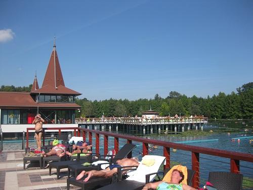 Так оборудованы купальни на озере Хейвиз