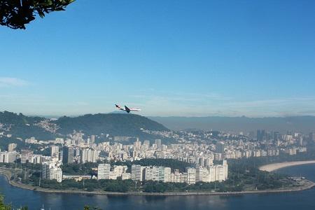 На одной высоте с самолётом. Фото А. Алексеевой