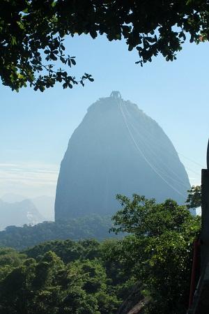 """Гора """"Сахарная Голова"""" (Рио-де-Жанейро, Бразилия). Фото А. Алексеевой"""