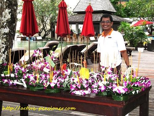 Кратонги гостей отеля Амари