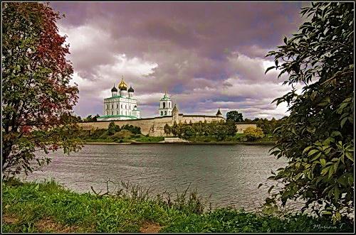 Осень во Пскове