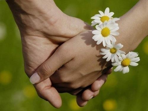 Рука в руке (hand in hand)