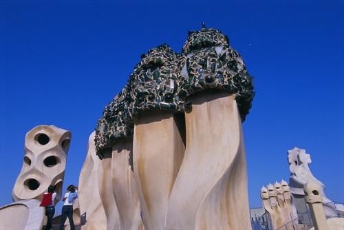 Элементы декора крыши (Дом Мила, Барселона)