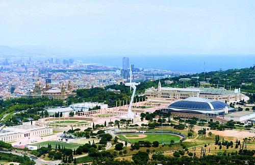 Олимпийский комплекс с высоты птичьего полёта (Монтжуик, Барселона)