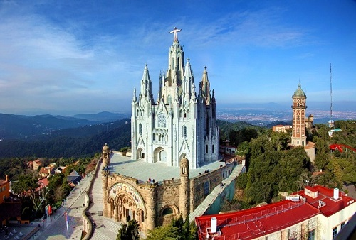 Базилика Сердца Христова (Тибидабо, Каталония)