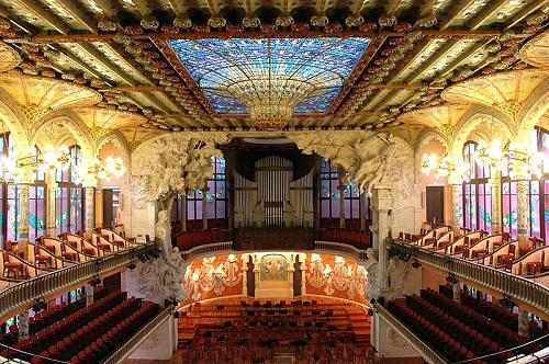 Дворец каталонской музыки изнутри (Барселона)
